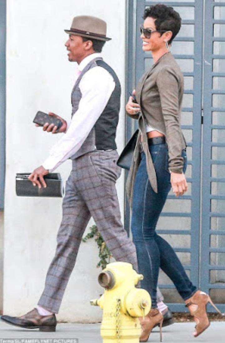 Whos iggy azalea dating - Čakovec,Iggy Azalea and NBA star boyfriend Nick Young wear matching outfits at.